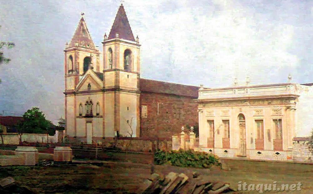 Praças e Igrejas